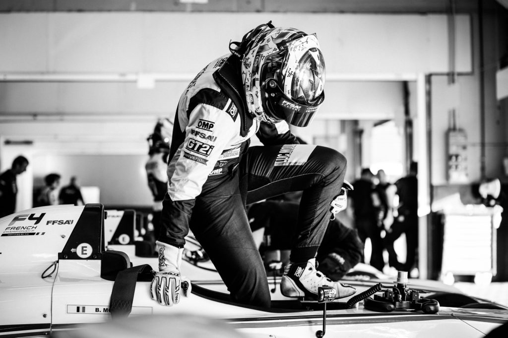 F4 French championship_Mygale piloteBW