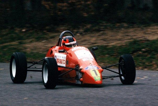 Bertrand Godin au volant d'une Formule Ford Mygale - circuit de Nogaro 1993