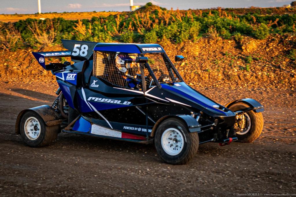 Chassis Mygale XC02 sur la piste terre d'Issoudun